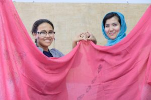 Shawls workshop with omid girls6